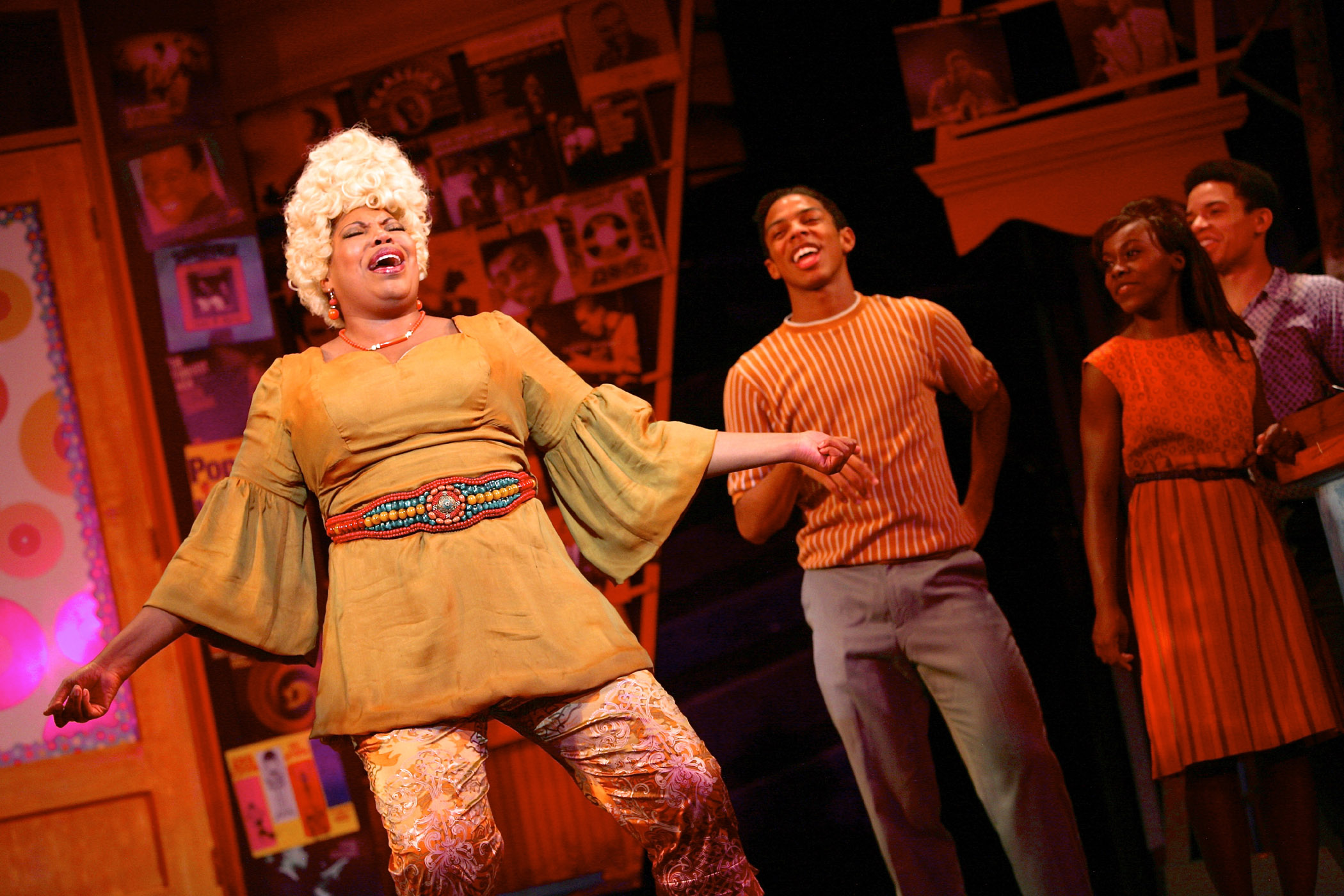 Aurelia Williams (Motormouth), Austin Holmes (Seaweed), Tay Cooley (Cindy), and Ethan Butler (Stooie) in HAIRSPRAY. Photographer: Michael Davis