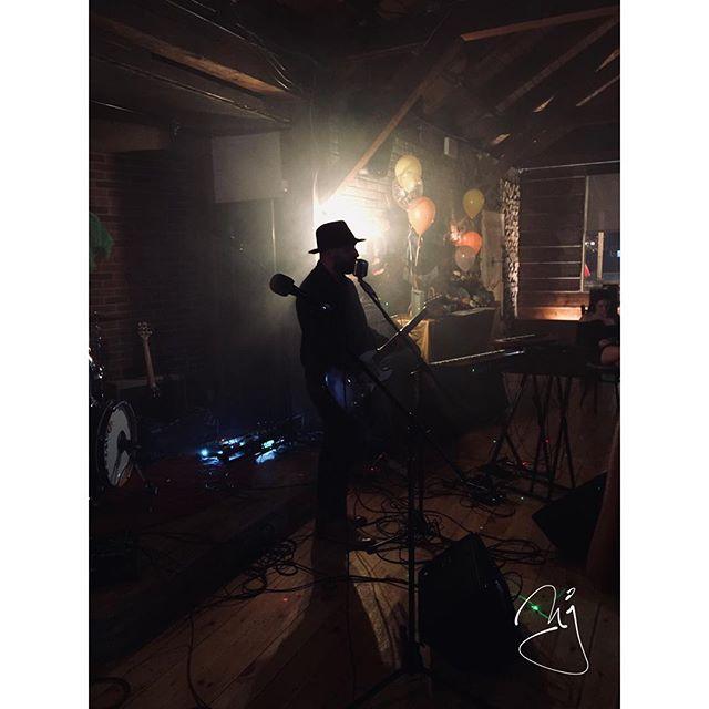 smoke show . . #mullyjackson #torontoartist #mullyjacksonband #music  #torontomusic #band #musically  #torontobands  #newmusic