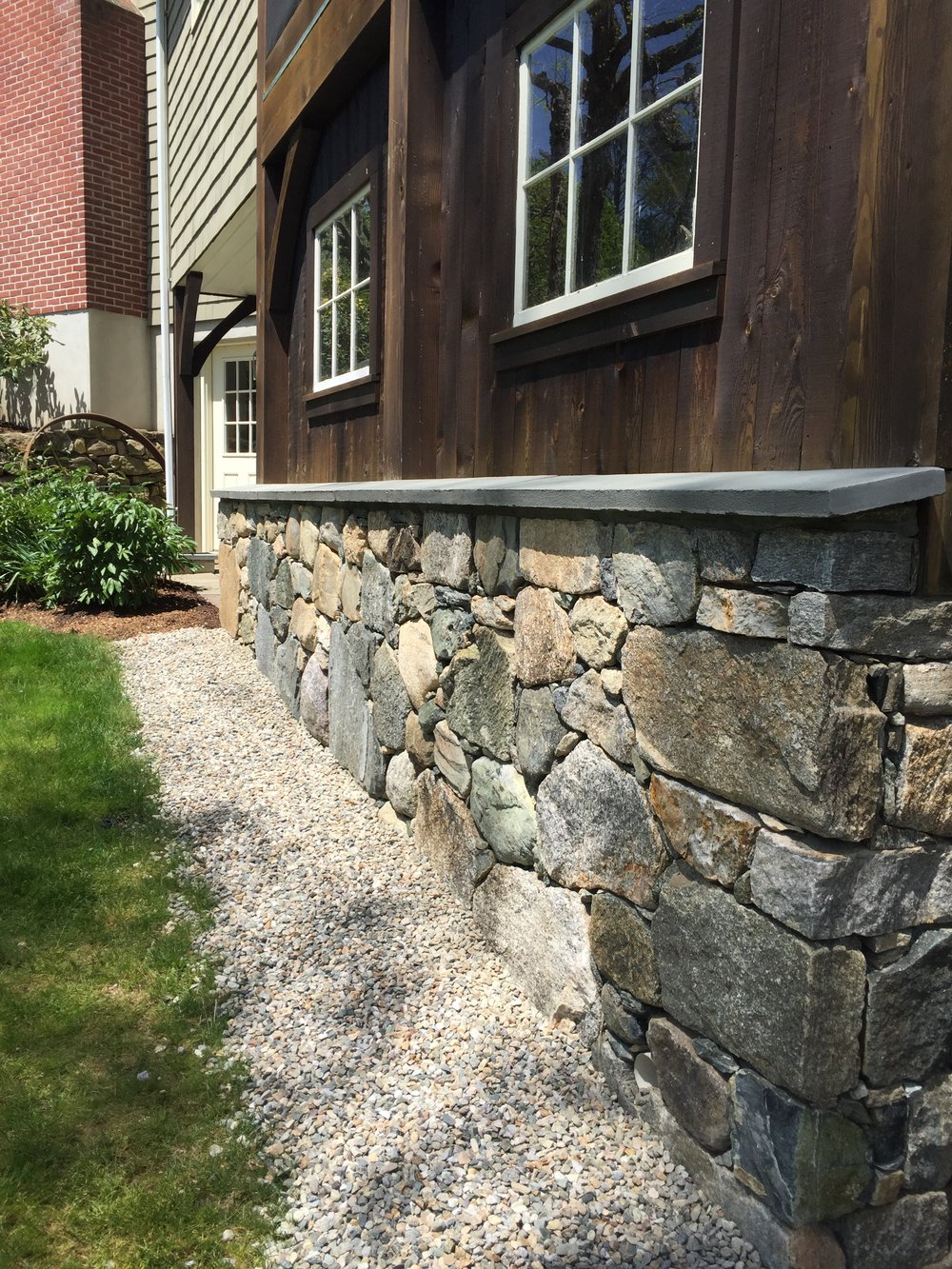 CT FIELDSTONE, BLUE THERMAL BLUESTONE WALL CAPS