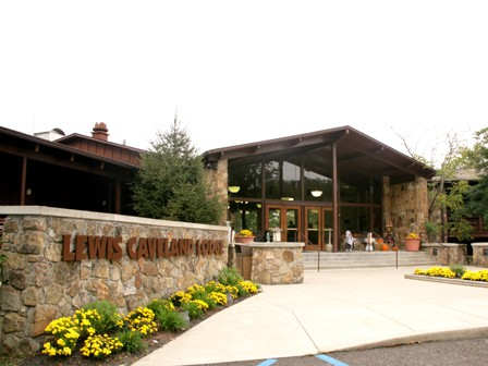 (Lewis Caveland Lodge - Discount prices with registration)