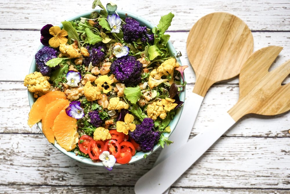 EATING COLORS - Grain free, dairy free, all vegan - rainbow tabouli salad