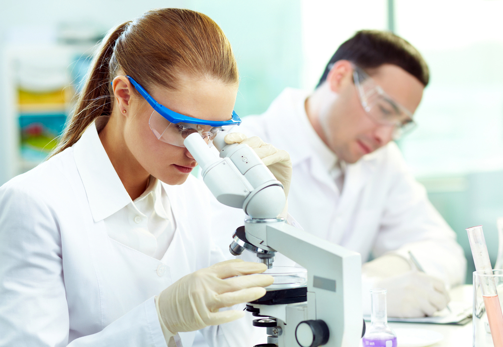 antibiotics-researchers-in-lab.jpg