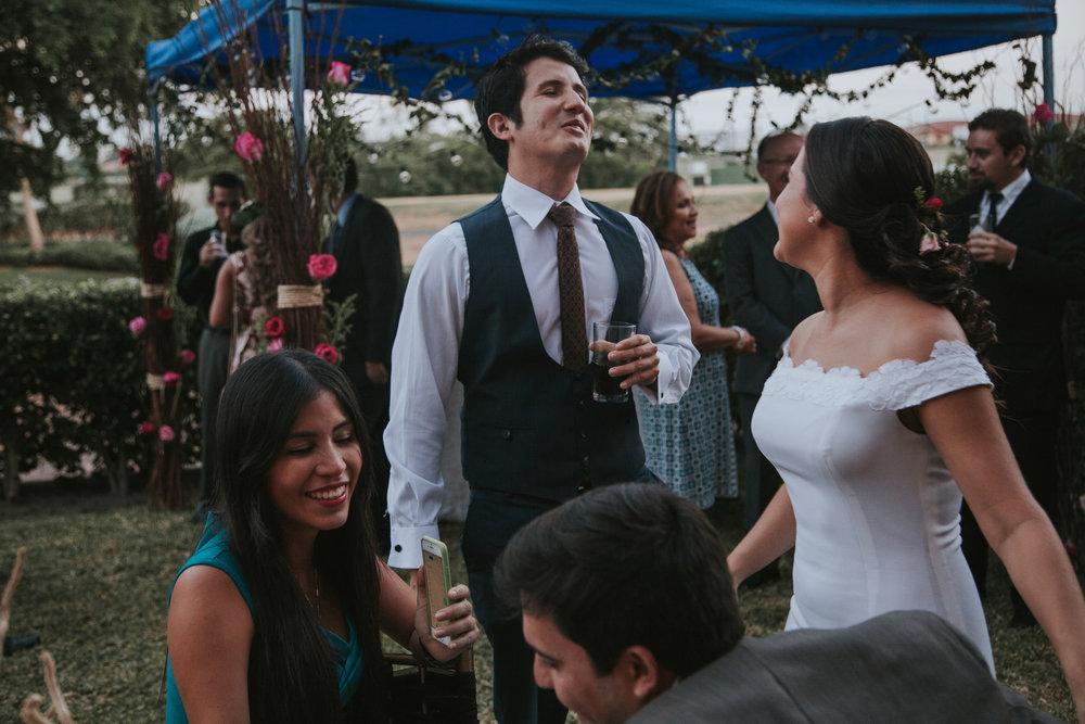 Michelle-Agurto-Fotografia-Bodas-Ecuador-Destination-Wedding-Photographer-Adriana-Allan-13.JPG