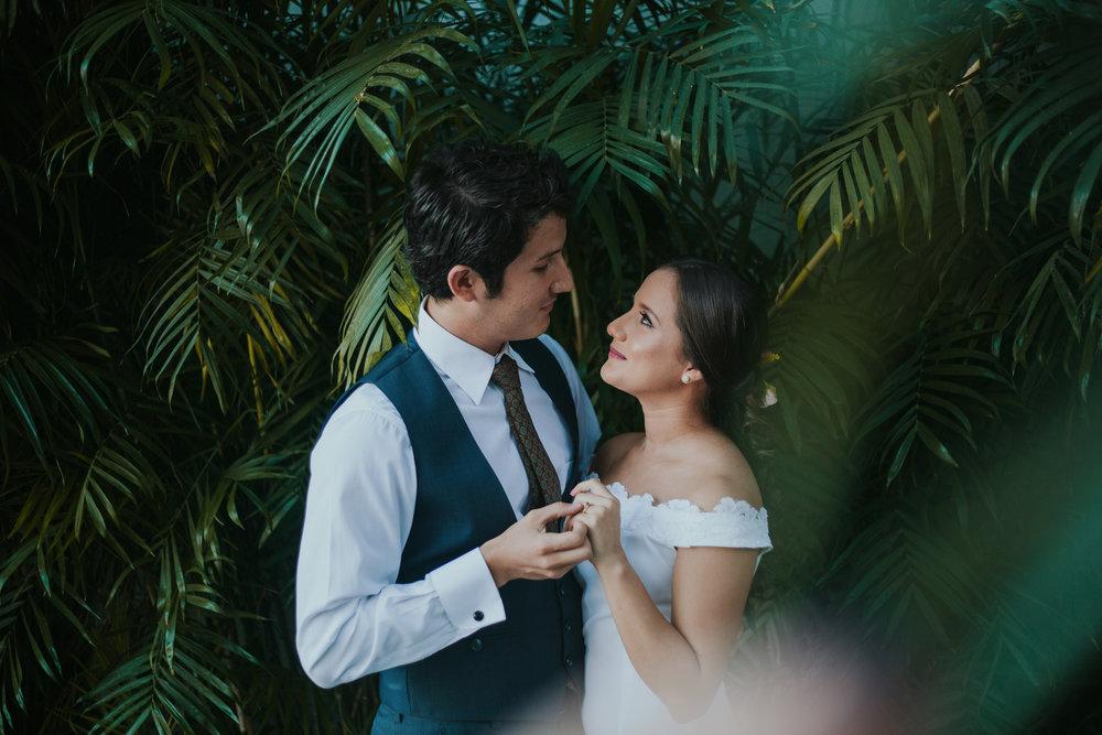 Michelle-Agurto-Fotografia-Bodas-Ecuador-Destination-Wedding-Photographer-Adriana-Allan-28.JPG