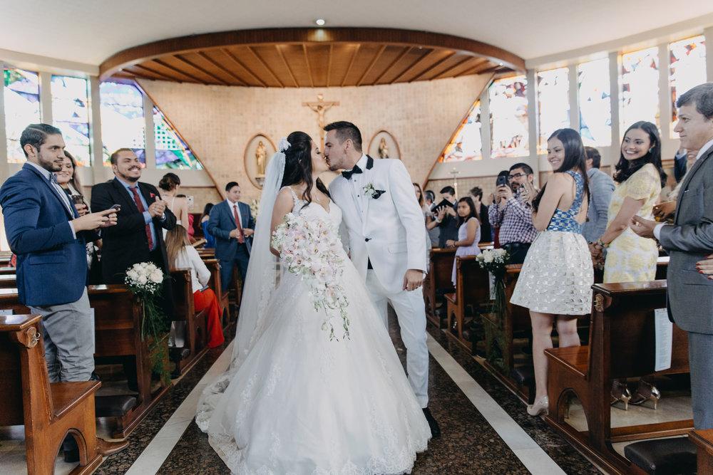 Michelle-Agurto-Fotografia-Bodas-Ecuador-Destination-Wedding-Photographer-Daniela-Dirk-19.JPG