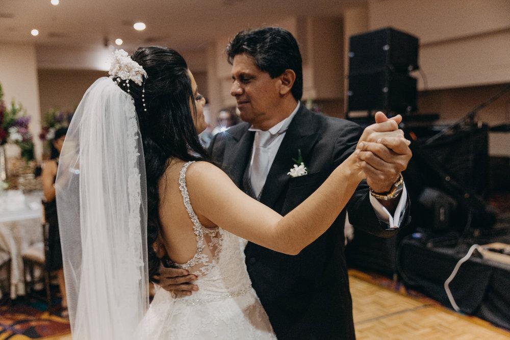 Michelle-Agurto-Fotografia-Bodas-Ecuador-Destination-Wedding-Photographer-Daniela-Dirk-48.JPG