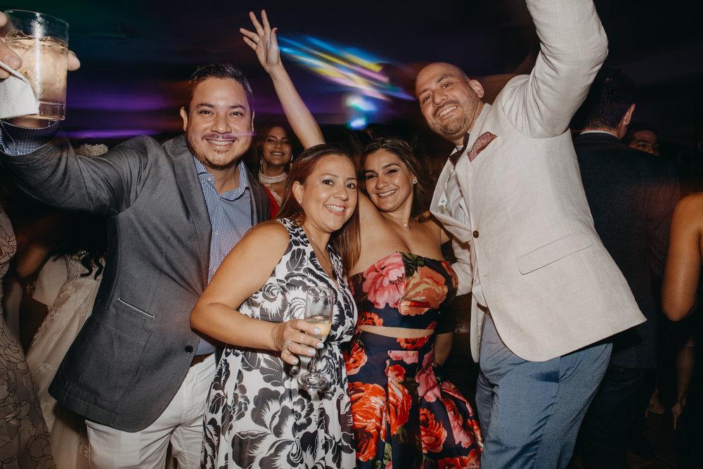 Michelle-Agurto-Fotografia-Bodas-Ecuador-Destination-Wedding-Photographer-Daniela-Dirk-104.JPG