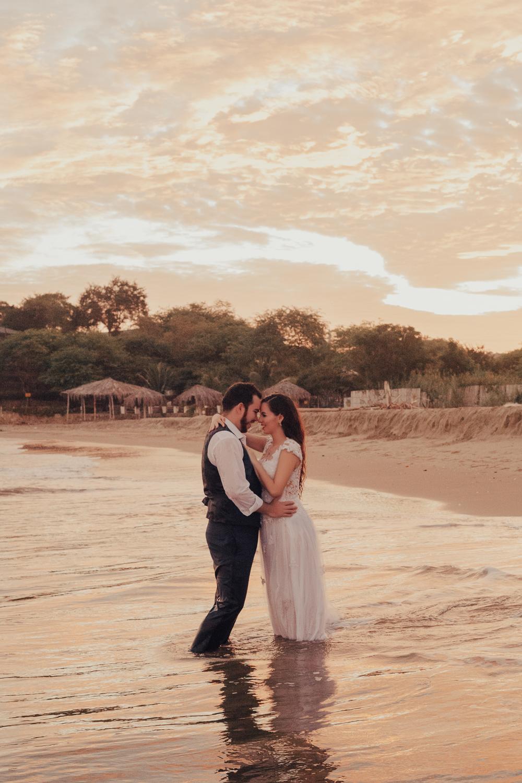 Michelle-Agurto-Fotografia-Bodas-Ecuador-Destination-Wedding-Photographer-Gabriela-Gabriel-6.JPG