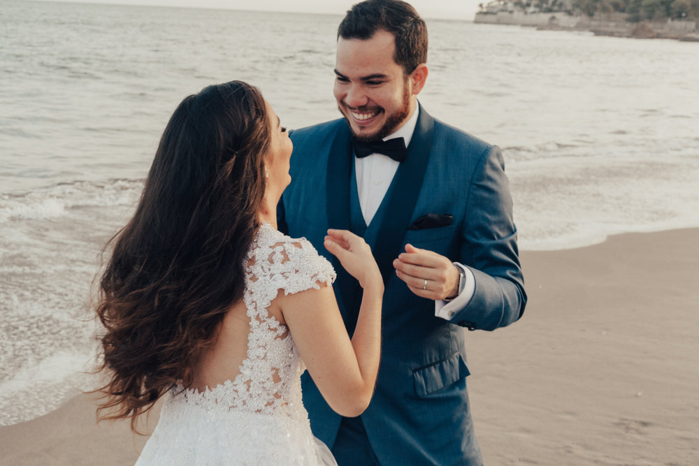 Michelle-Agurto-Fotografia-Bodas-Ecuador-Destination-Wedding-Photographer-Gabriela-Gabriel-8.JPG