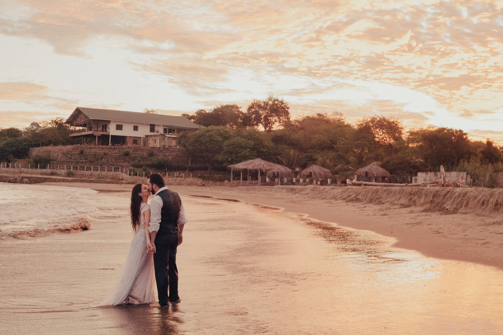 Michelle-Agurto-Fotografia-Bodas-Ecuador-Destination-Wedding-Photographer-Gabriela-Gabriel-7.JPG