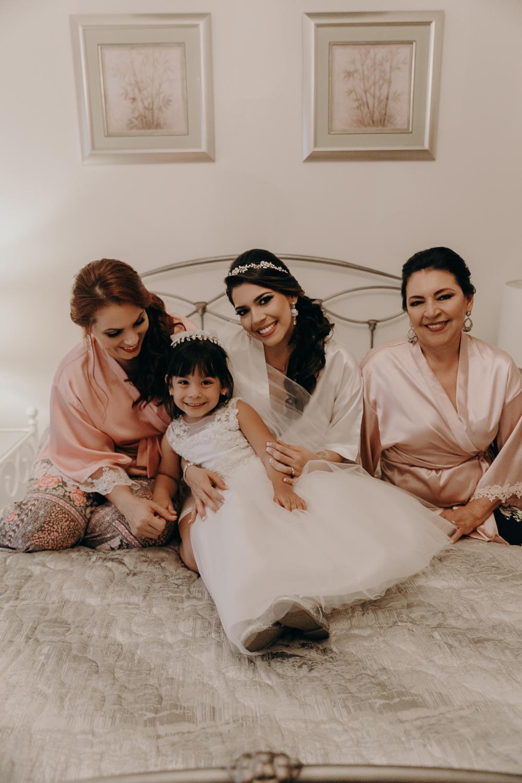 Michelle-Agurto-Fotografia-Bodas-Ecuador-Destination-Wedding-Photographer-Patricia-Guido-19.JPG