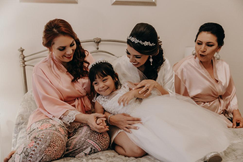 Michelle-Agurto-Fotografia-Bodas-Ecuador-Destination-Wedding-Photographer-Patricia-Guido-22.JPG