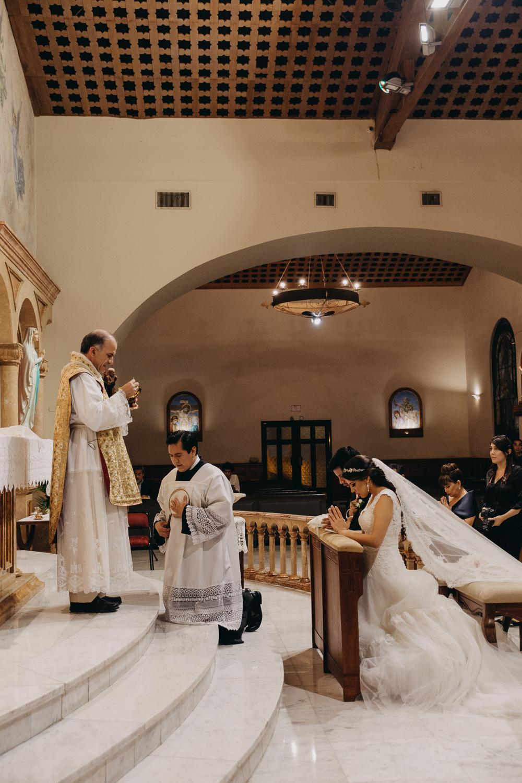 Michelle-Agurto-Fotografia-Bodas-Ecuador-Destination-Wedding-Photographer-Patricia-Guido-108.JPG