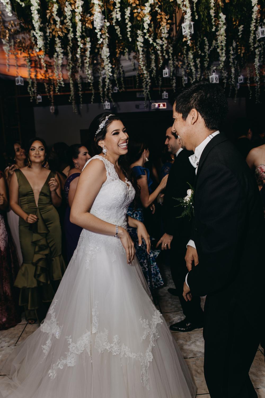 Michelle-Agurto-Fotografia-Bodas-Ecuador-Destination-Wedding-Photographer-Patricia-Guido-207.JPG