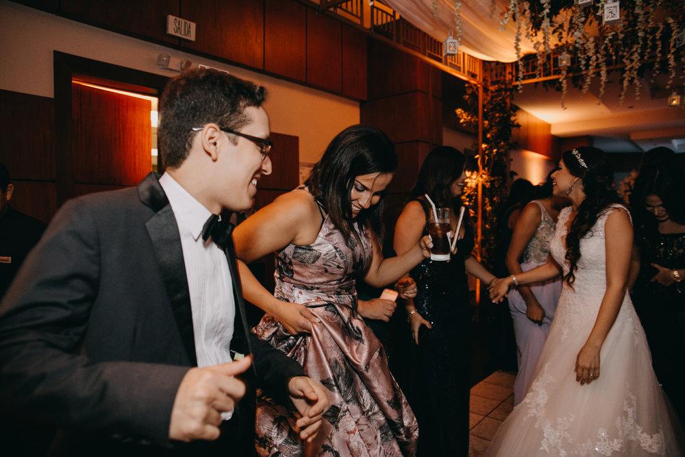 Michelle-Agurto-Fotografia-Bodas-Ecuador-Destination-Wedding-Photographer-Patricia-Guido-216.JPG