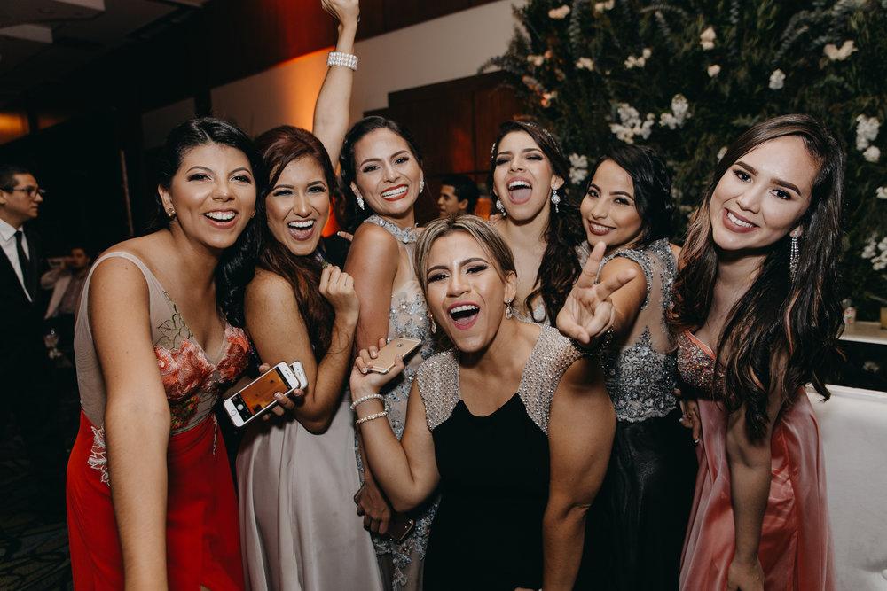 Michelle-Agurto-Fotografia-Bodas-Ecuador-Destination-Wedding-Photographer-Patricia-Guido-295.JPG