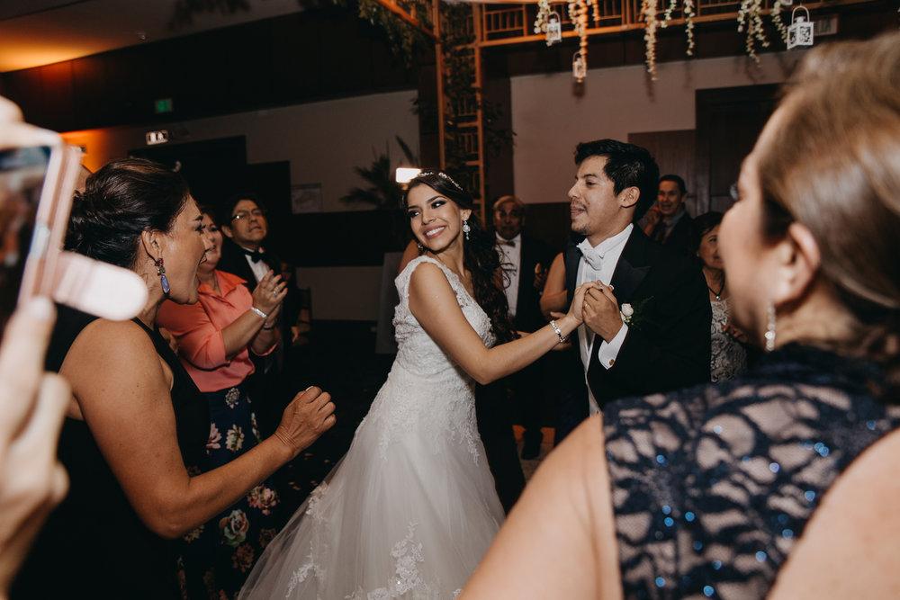 Michelle-Agurto-Fotografia-Bodas-Ecuador-Destination-Wedding-Photographer-Patricia-Guido-297.JPG