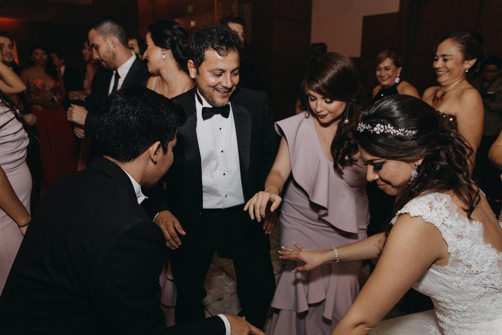 Michelle-Agurto-Fotografia-Bodas-Ecuador-Destination-Wedding-Photographer-Patricia-Guido-313.JPG