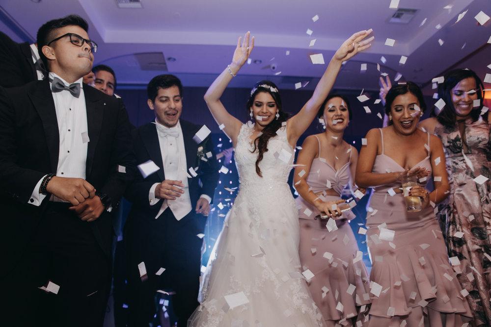 Michelle-Agurto-Fotografia-Bodas-Ecuador-Destination-Wedding-Photographer-Patricia-Guido-334.JPG