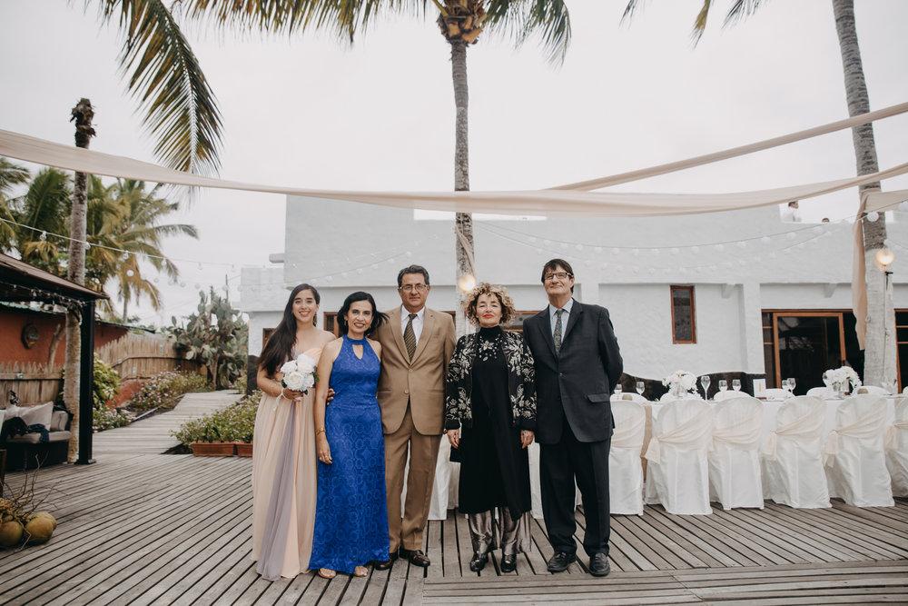 Michelle-Agurto-Fotografia-Bodas-Ecuador-Destination-Wedding-Photographer-Galapagos-Andrea-Joaquin-48.JPG