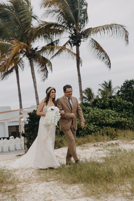 Michelle-Agurto-Fotografia-Bodas-Ecuador-Destination-Wedding-Photographer-Galapagos-Andrea-Joaquin-69.JPG