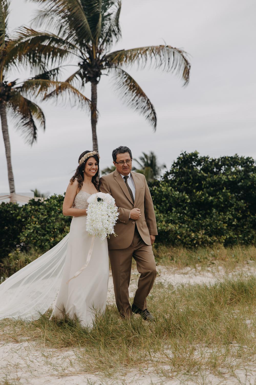 Michelle-Agurto-Fotografia-Bodas-Ecuador-Destination-Wedding-Photographer-Galapagos-Andrea-Joaquin-70.JPG