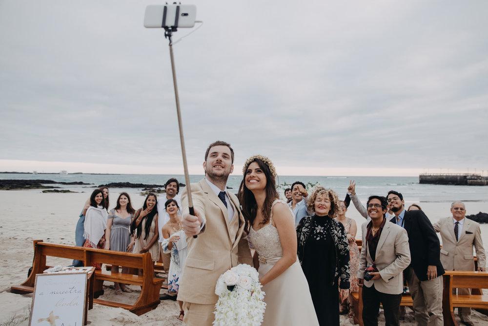 Michelle-Agurto-Fotografia-Bodas-Ecuador-Destination-Wedding-Photographer-Galapagos-Andrea-Joaquin-159.JPG