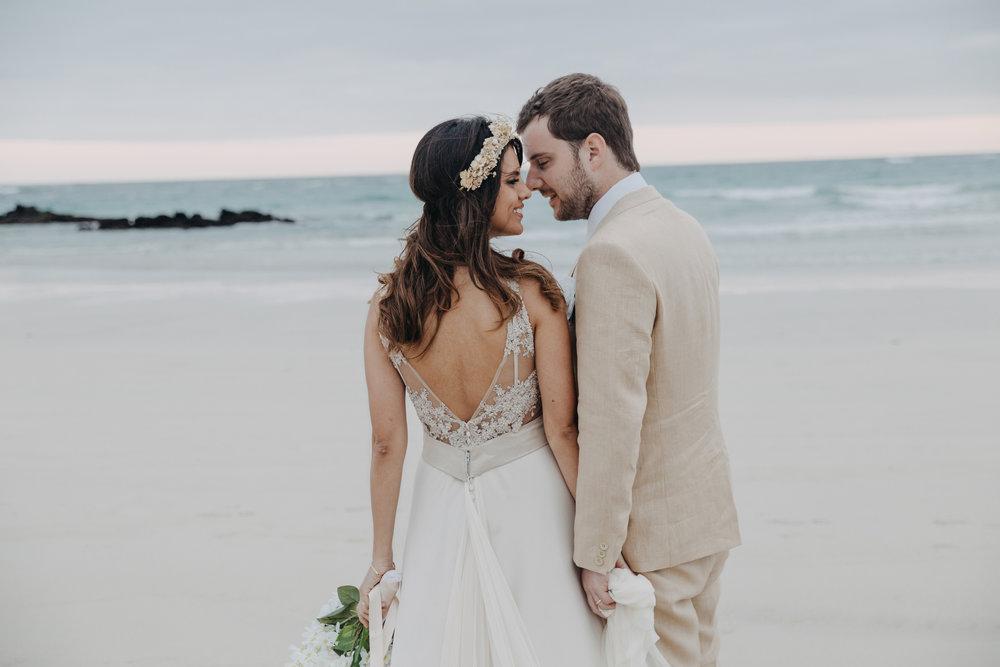 Michelle-Agurto-Fotografia-Bodas-Ecuador-Destination-Wedding-Photographer-Galapagos-Andrea-Joaquin-179.JPG
