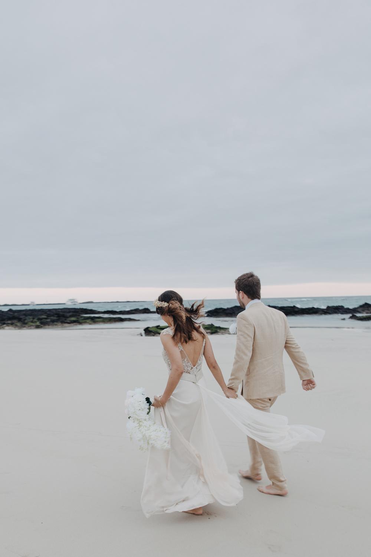 Michelle-Agurto-Fotografia-Bodas-Ecuador-Destination-Wedding-Photographer-Galapagos-Andrea-Joaquin-212.JPG