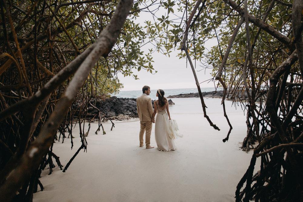 Michelle-Agurto-Fotografia-Bodas-Ecuador-Destination-Wedding-Photographer-Galapagos-Andrea-Joaquin-222.JPG