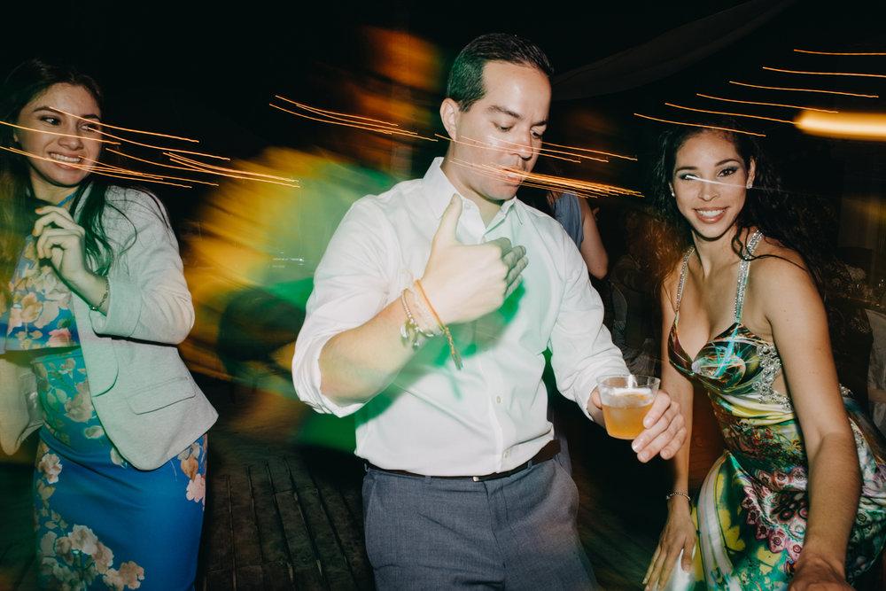 Michelle-Agurto-Fotografia-Bodas-Ecuador-Destination-Wedding-Photographer-Galapagos-Andrea-Joaquin-476.JPG