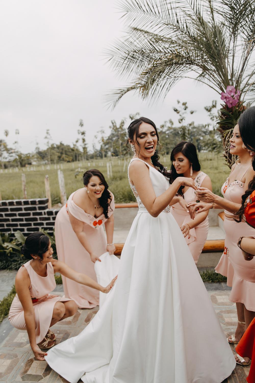 Michelle-Agurto-Fotografia-Bodas-Ecuador-Destination-Wedding-Photographer-Sol-Matthias-14.JPG