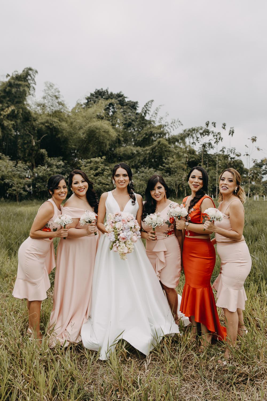 Michelle-Agurto-Fotografia-Bodas-Ecuador-Destination-Wedding-Photographer-Sol-Matthias-23.JPG