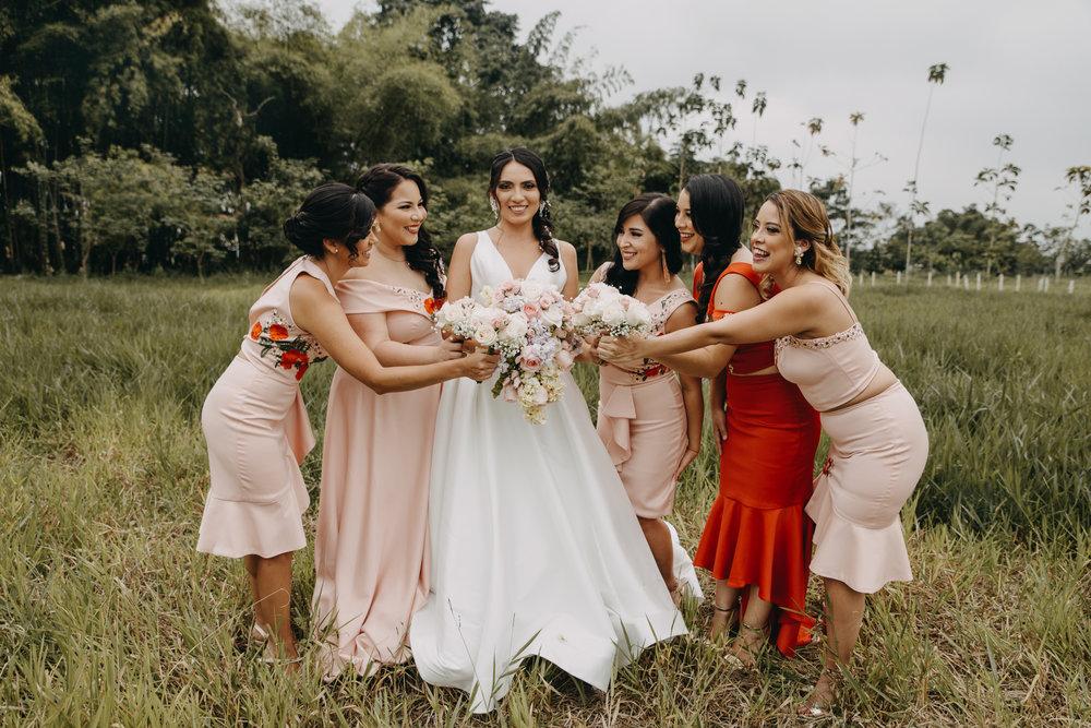 Michelle-Agurto-Fotografia-Bodas-Ecuador-Destination-Wedding-Photographer-Sol-Matthias-25.JPG