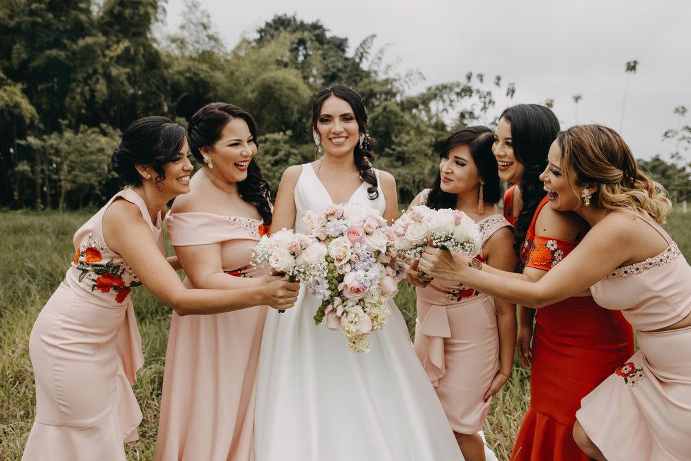 Michelle-Agurto-Fotografia-Bodas-Ecuador-Destination-Wedding-Photographer-Sol-Matthias-27.JPG