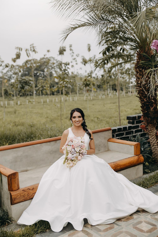 Michelle-Agurto-Fotografia-Bodas-Ecuador-Destination-Wedding-Photographer-Sol-Matthias-72.JPG