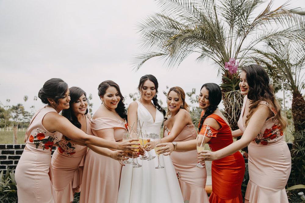 Michelle-Agurto-Fotografia-Bodas-Ecuador-Destination-Wedding-Photographer-Sol-Matthias-79.JPG