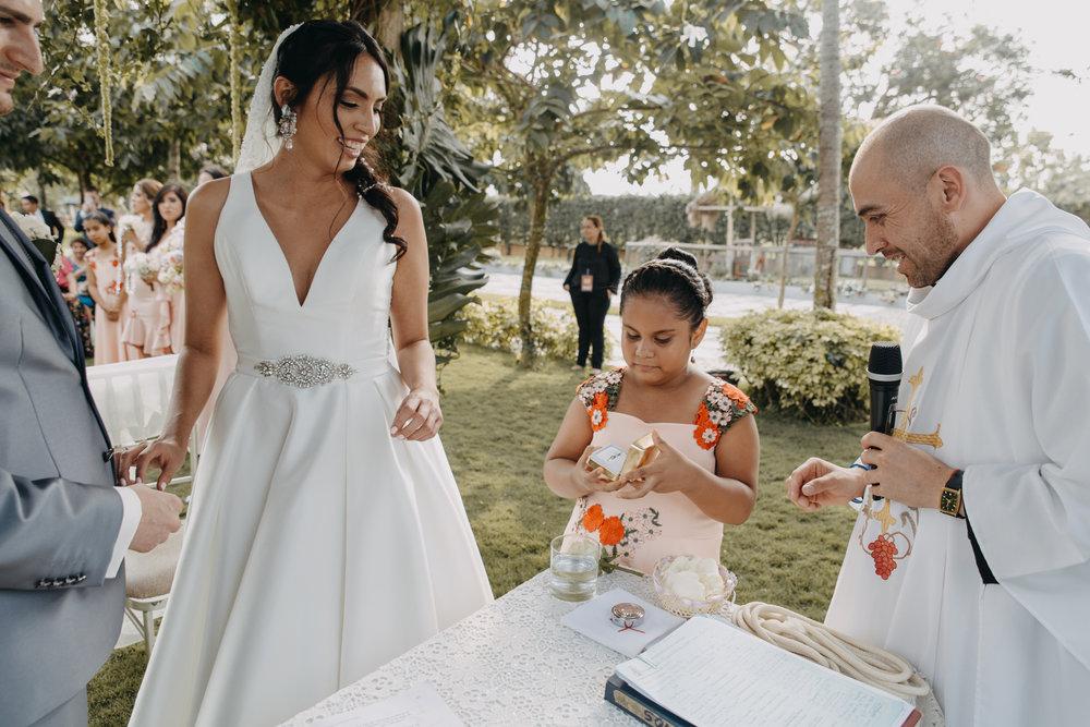 Michelle-Agurto-Fotografia-Bodas-Ecuador-Destination-Wedding-Photographer-Sol-Matthias-121.JPG