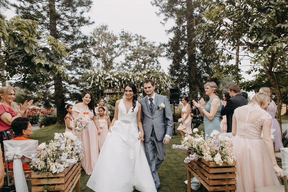 Michelle-Agurto-Fotografia-Bodas-Ecuador-Destination-Wedding-Photographer-Sol-Matthias-141.JPG