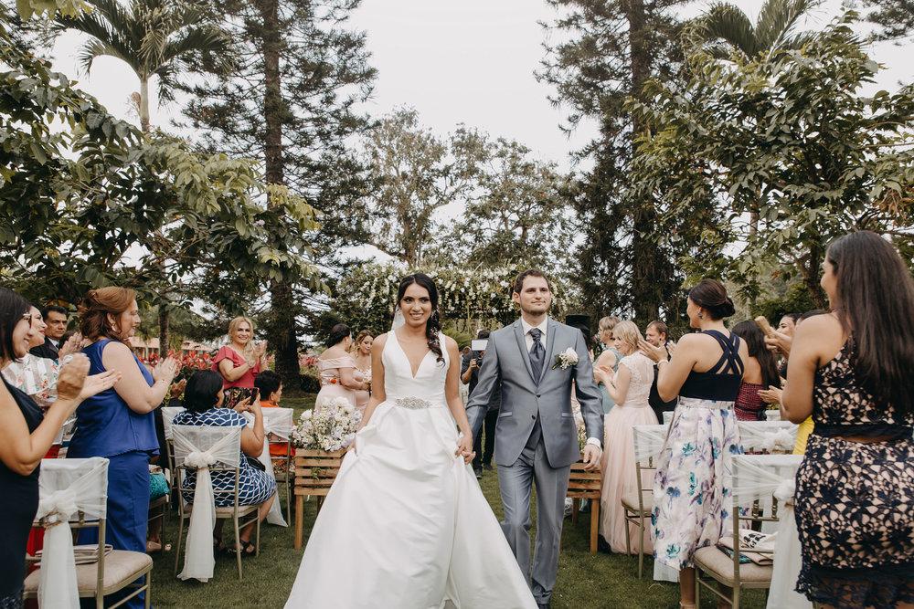 Michelle-Agurto-Fotografia-Bodas-Ecuador-Destination-Wedding-Photographer-Sol-Matthias-142.JPG