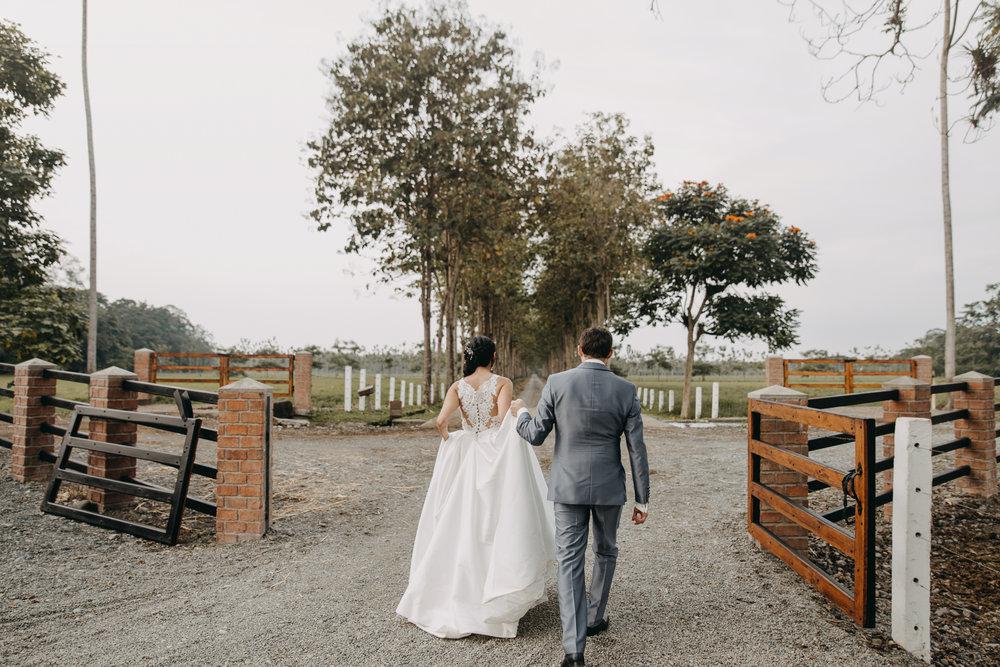 Michelle-Agurto-Fotografia-Bodas-Ecuador-Destination-Wedding-Photographer-Sol-Matthias-145.JPG