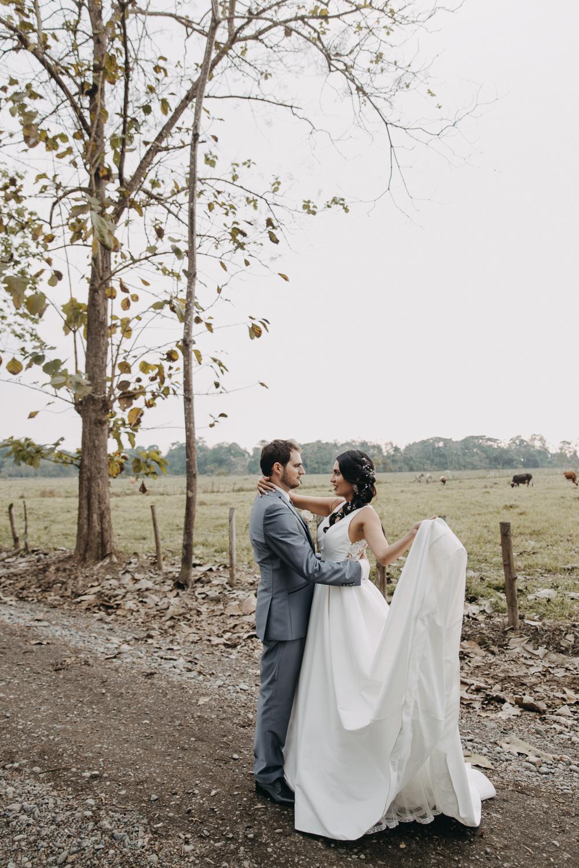 Michelle-Agurto-Fotografia-Bodas-Ecuador-Destination-Wedding-Photographer-Sol-Matthias-157.JPG