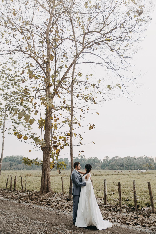 Michelle-Agurto-Fotografia-Bodas-Ecuador-Destination-Wedding-Photographer-Sol-Matthias-163.JPG
