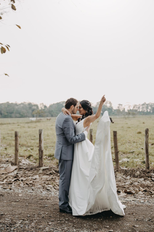 Michelle-Agurto-Fotografia-Bodas-Ecuador-Destination-Wedding-Photographer-Sol-Matthias-169.JPG