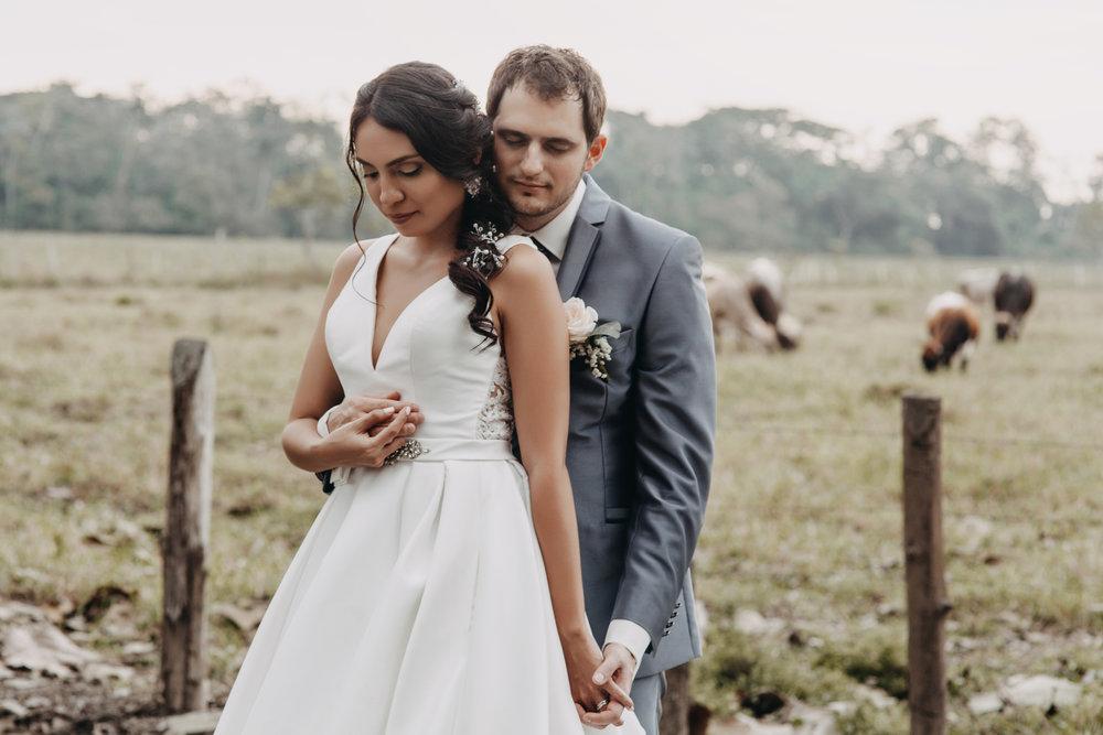 Michelle-Agurto-Fotografia-Bodas-Ecuador-Destination-Wedding-Photographer-Sol-Matthias-176.JPG