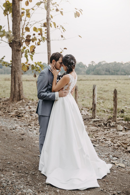 Michelle-Agurto-Fotografia-Bodas-Ecuador-Destination-Wedding-Photographer-Sol-Matthias-179.JPG