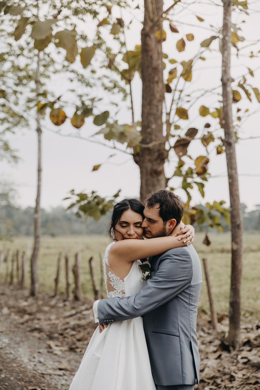 Michelle-Agurto-Fotografia-Bodas-Ecuador-Destination-Wedding-Photographer-Sol-Matthias-184.JPG