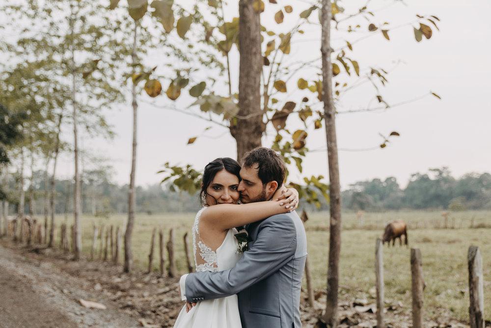 Michelle-Agurto-Fotografia-Bodas-Ecuador-Destination-Wedding-Photographer-Sol-Matthias-187.JPG