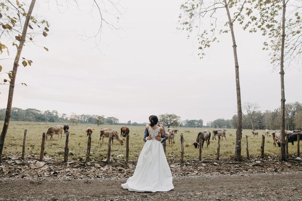 Michelle-Agurto-Fotografia-Bodas-Ecuador-Destination-Wedding-Photographer-Sol-Matthias-189.JPG