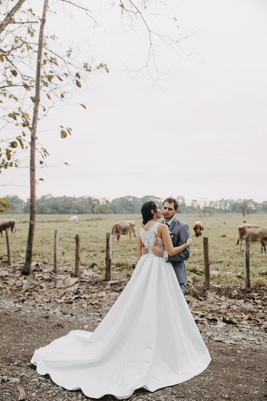 Michelle-Agurto-Fotografia-Bodas-Ecuador-Destination-Wedding-Photographer-Sol-Matthias-191.JPG